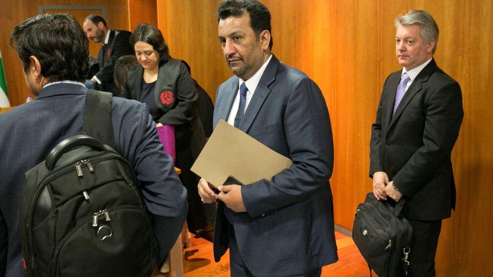 Foto: Imagen del juicio contra el jeque Al-Thani, dueño del Málaga,en 2018. (EFE)