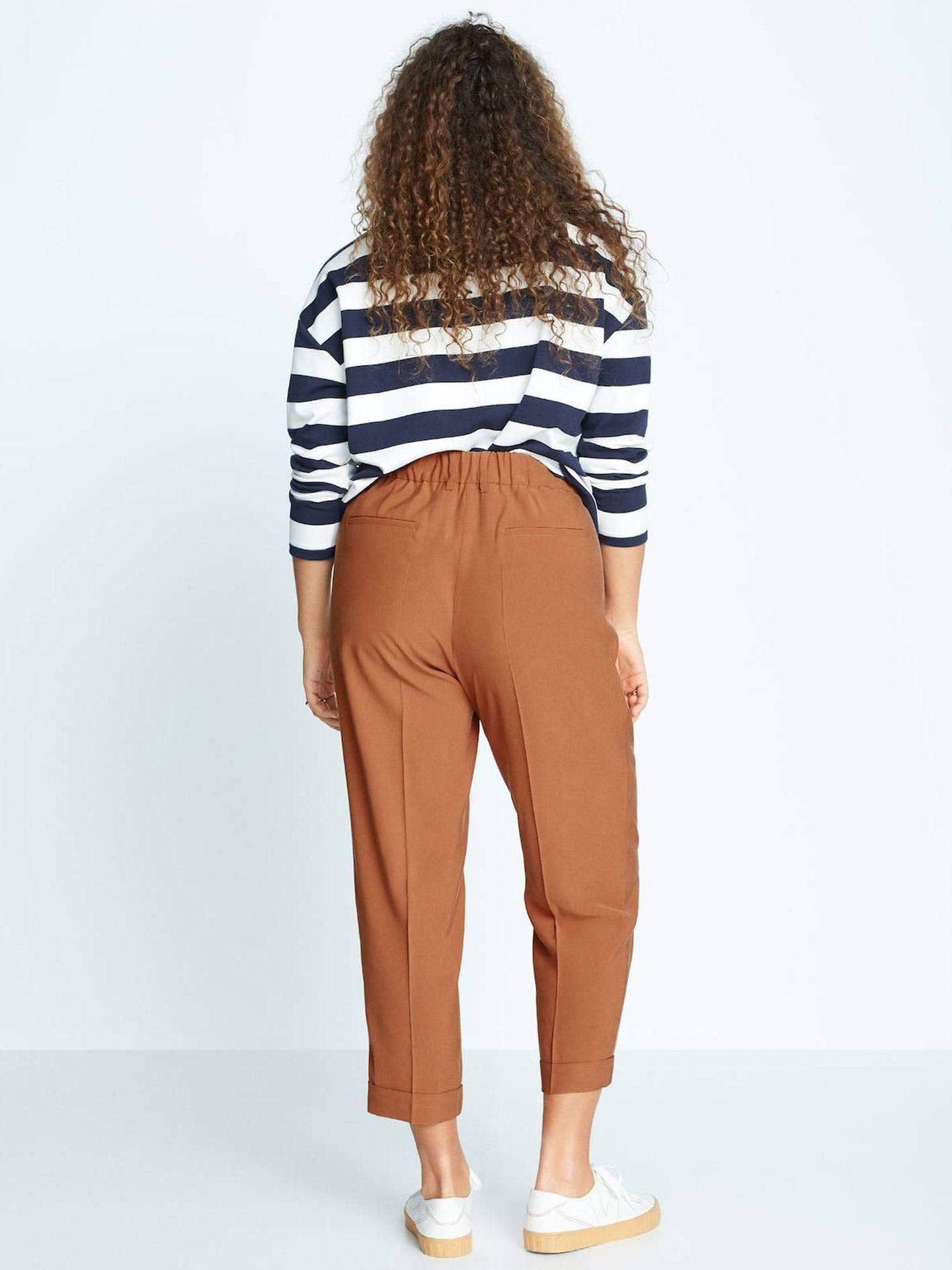 Pantalón de Mango Outlet. (Cortesía)