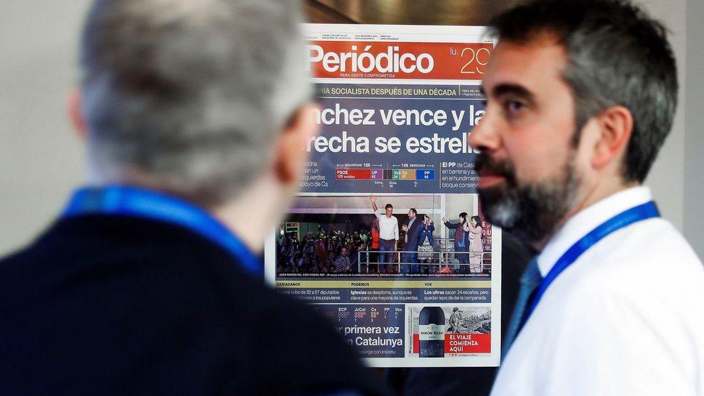 Sánchez 'actualiza' la Moncloa y cuelga ya las portadas de su victoria en los pasillos