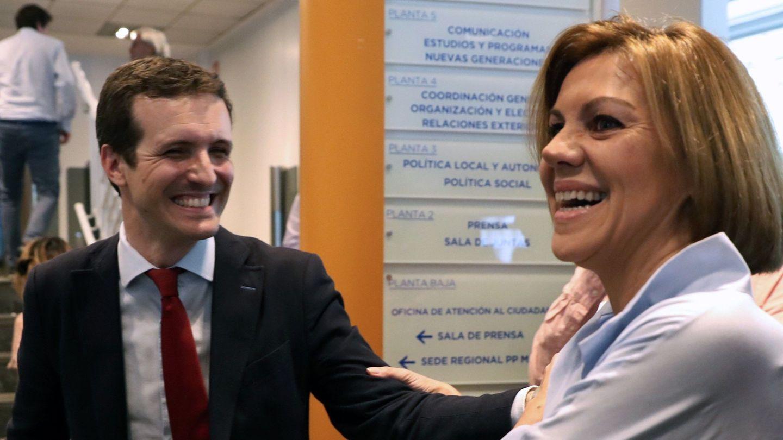 Pablo Casado y María dolores de Cospedal. (EFE)