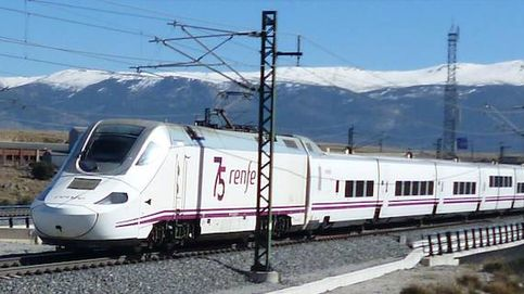 Cancelan una marcha para pedir un tren mejor al no tener billete de vuelta a Algeciras