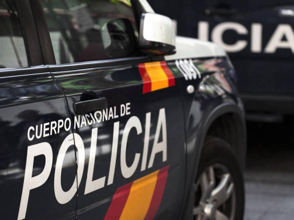 Foto: Coche patrulla de la Policía Nacional, en una imagen de archivo. (iStock)