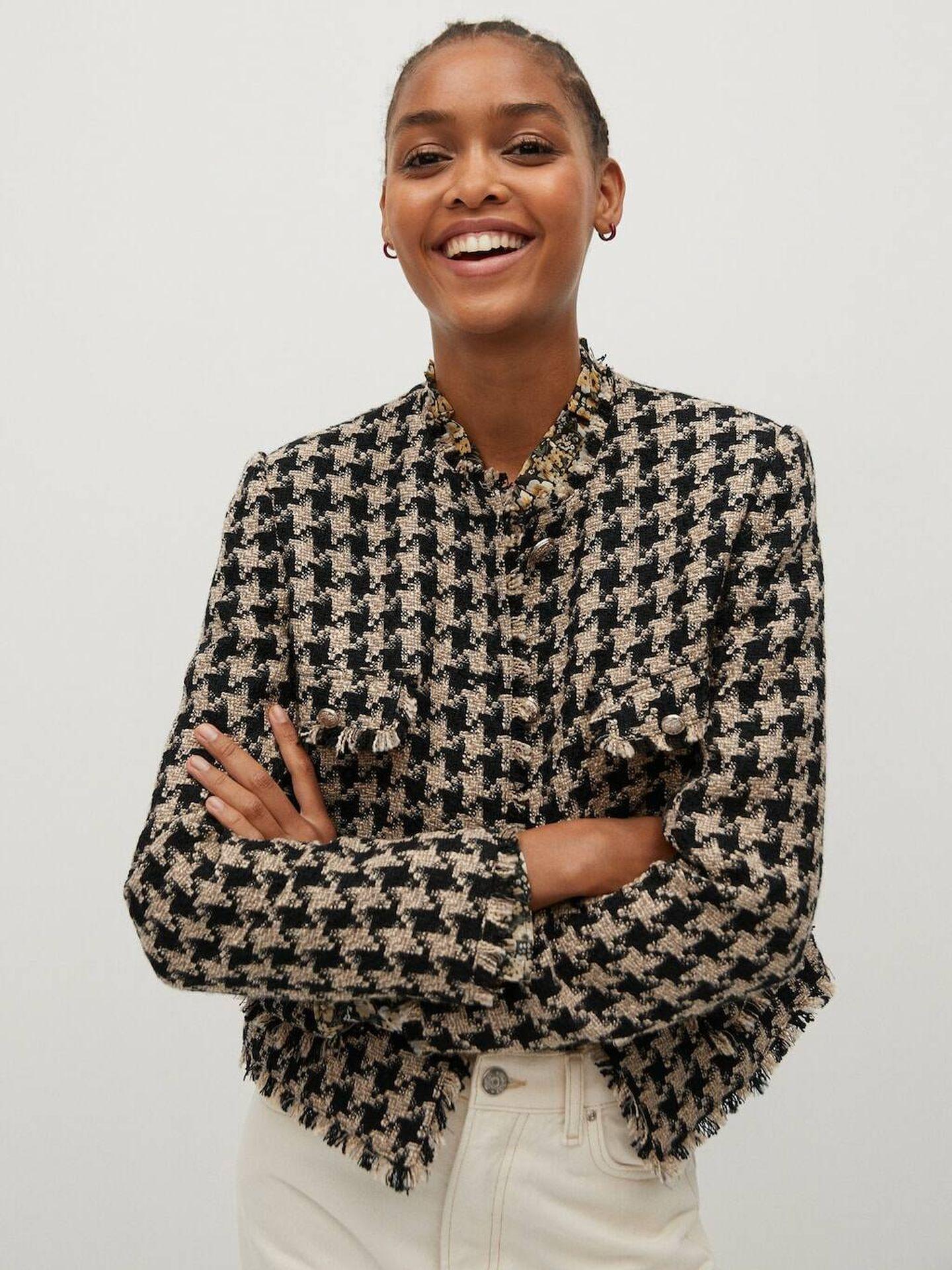 La chaqueta de tweed de Mango Outlet. (Cortesía)