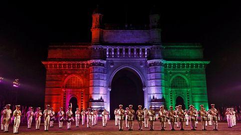 Festivales en India y tiempo invernal: el día en fotos