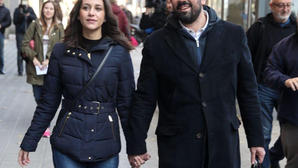 Foto: Inés Arrimadas, junto a su marido, Xavier Cima. (EFE)