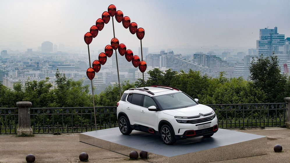 Foto: Presentación del nuevo modelo todocamino de Citroën en París.