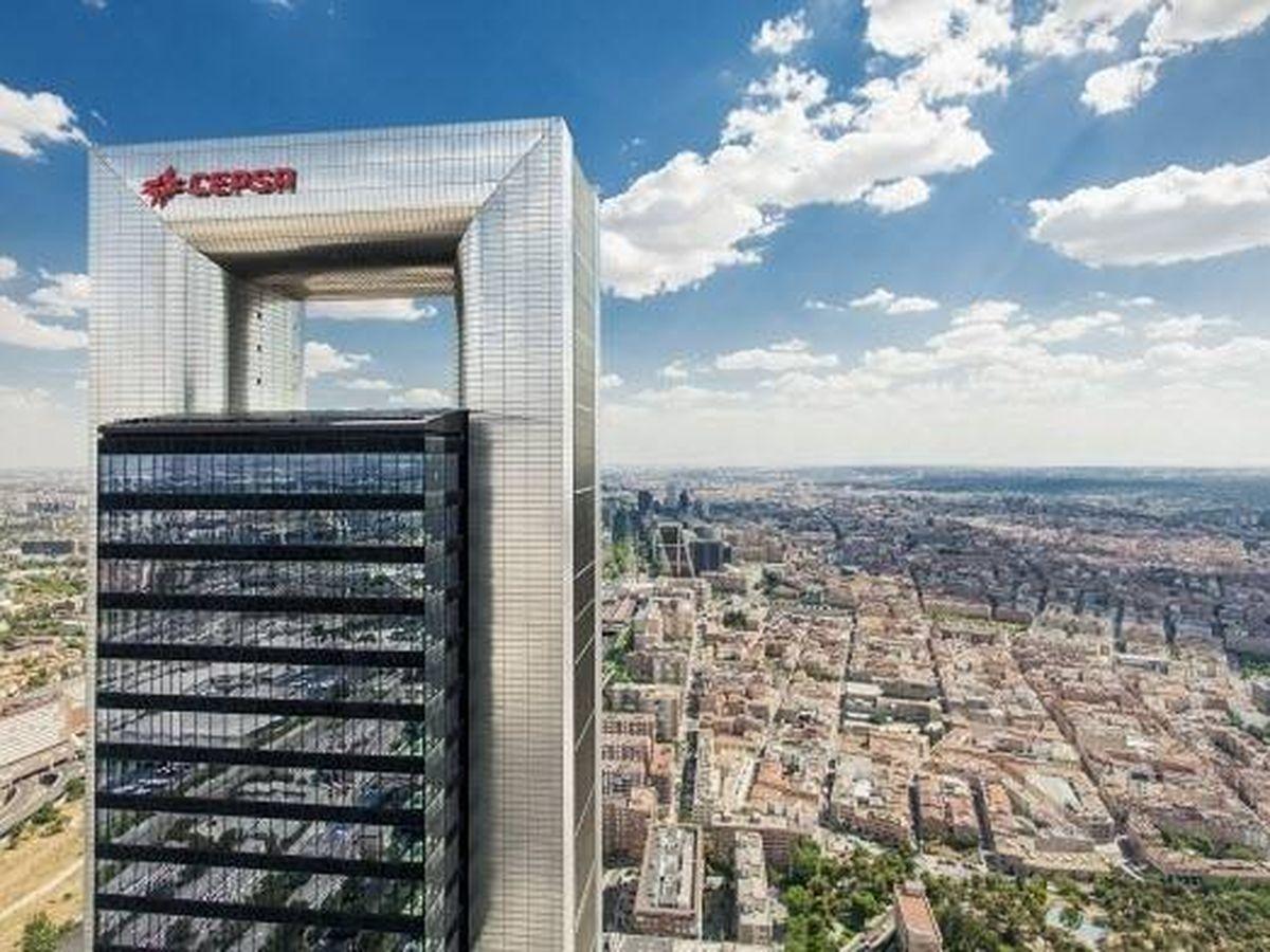 Foto: Torre Cepsa, sede de la petrolera en Madrid. (EP)