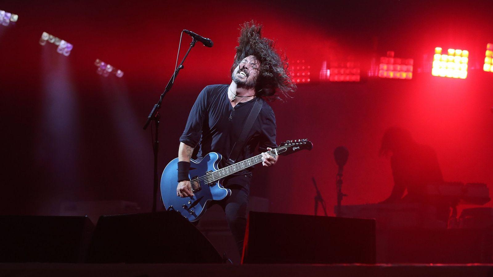 Foto: Dave Grohl, de Foo Fighters, en acción. (Reuters)