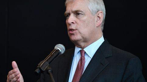 El príncipe Andrés dimite de sus funciones públicas por el escándalo Epstein