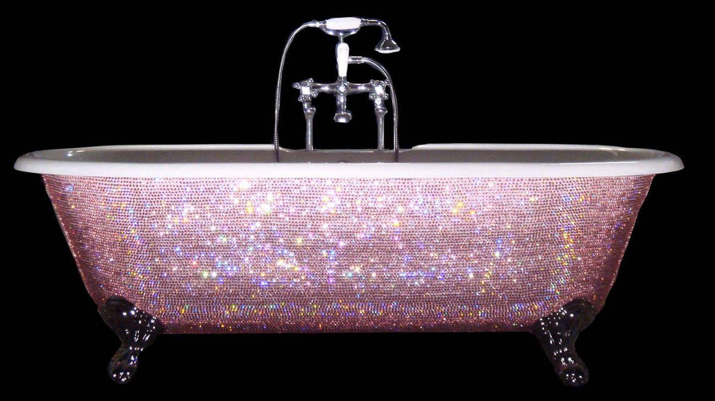 La bañera de Swaroski que le regalo Kelly Rowland