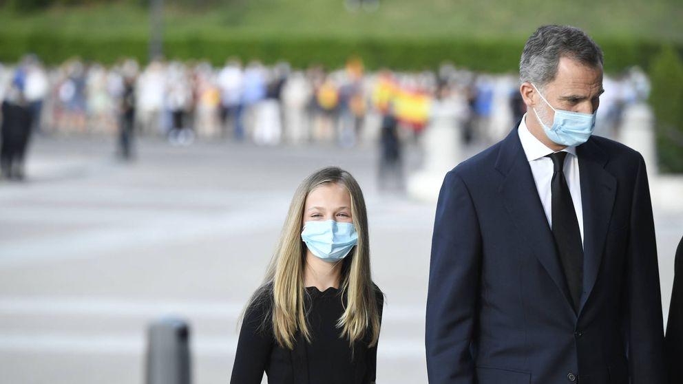 Así ha sido el homenaje a las víctimas del coronavirus en España, la primera ceremonia civil de Estado