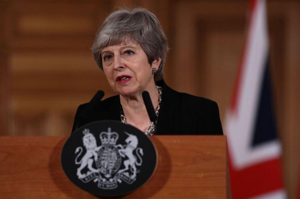 Foto: La primera ministra británica, Theresa May, antes de su comparecencia. (Reuters)