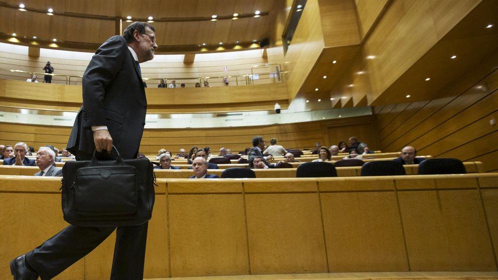 Rajoy da a entender que prepara cambios tras la debacle del 24-M