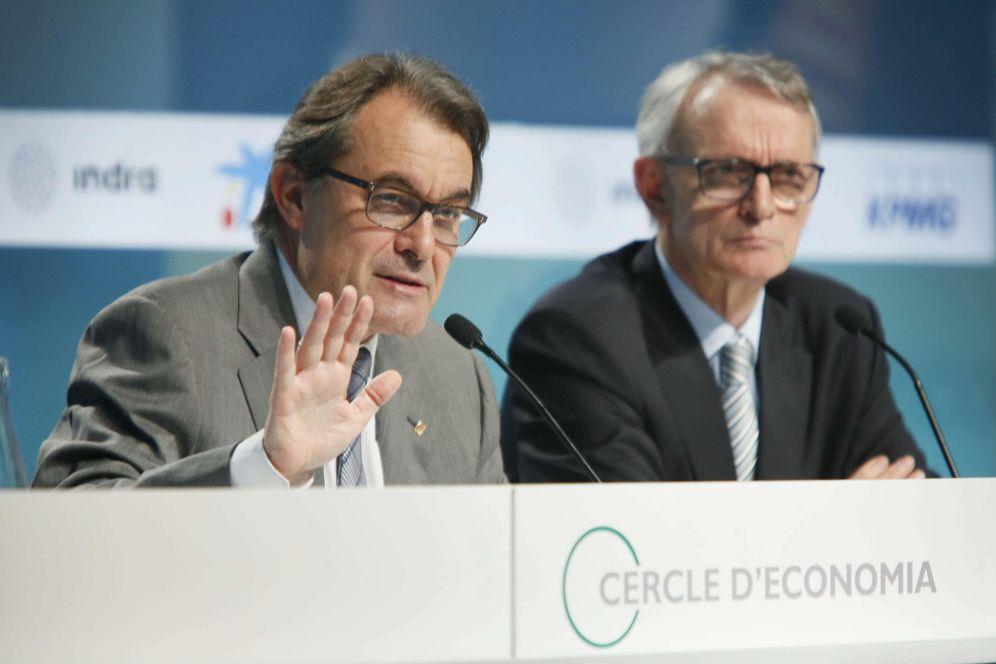 Foto: El presidente de la Generalitat, Artur Mas (i), acompañado por el presidente del Círculo de Economía, Antón Costas, durante su intervención en la inauguración de la XXXI Reunión del Círculo de Economía. (EFE)