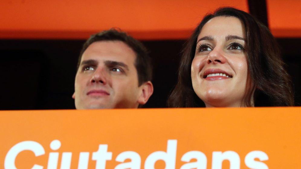 Foto: El presidente de Cs, Albert Rivera, y la líder naranja en Cataluña, Inés Arrimadas. (EFE)