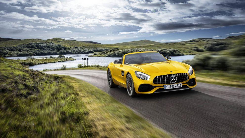 Con este coche de Mercedes es más rápido llegar a 100 que pronunciar su nombre completo (Mercedes AMG GT S Roadster)