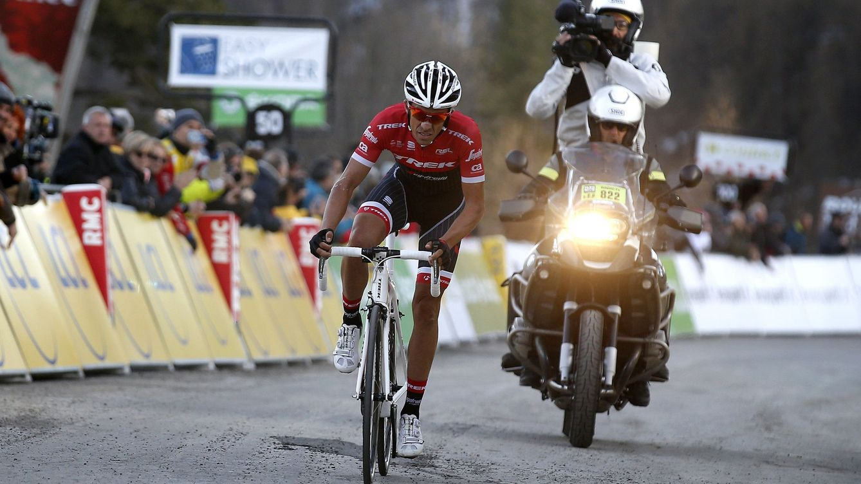 La valentía de Contador se le queda corta por dos segundos en la París-Niza