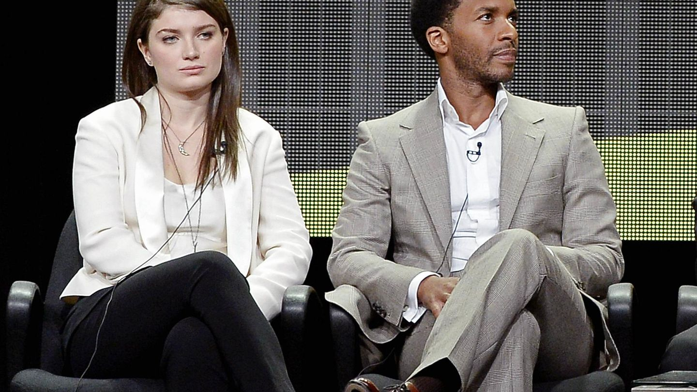 Eve Hewson y Andre Holland, con quien protagonizó la serie 'The Knick'. (Reuters)