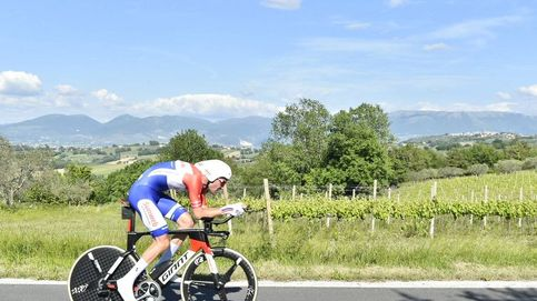Dumoulin destroza a Quintana en la contrarreloj y es líder con 2:23 de ventaja