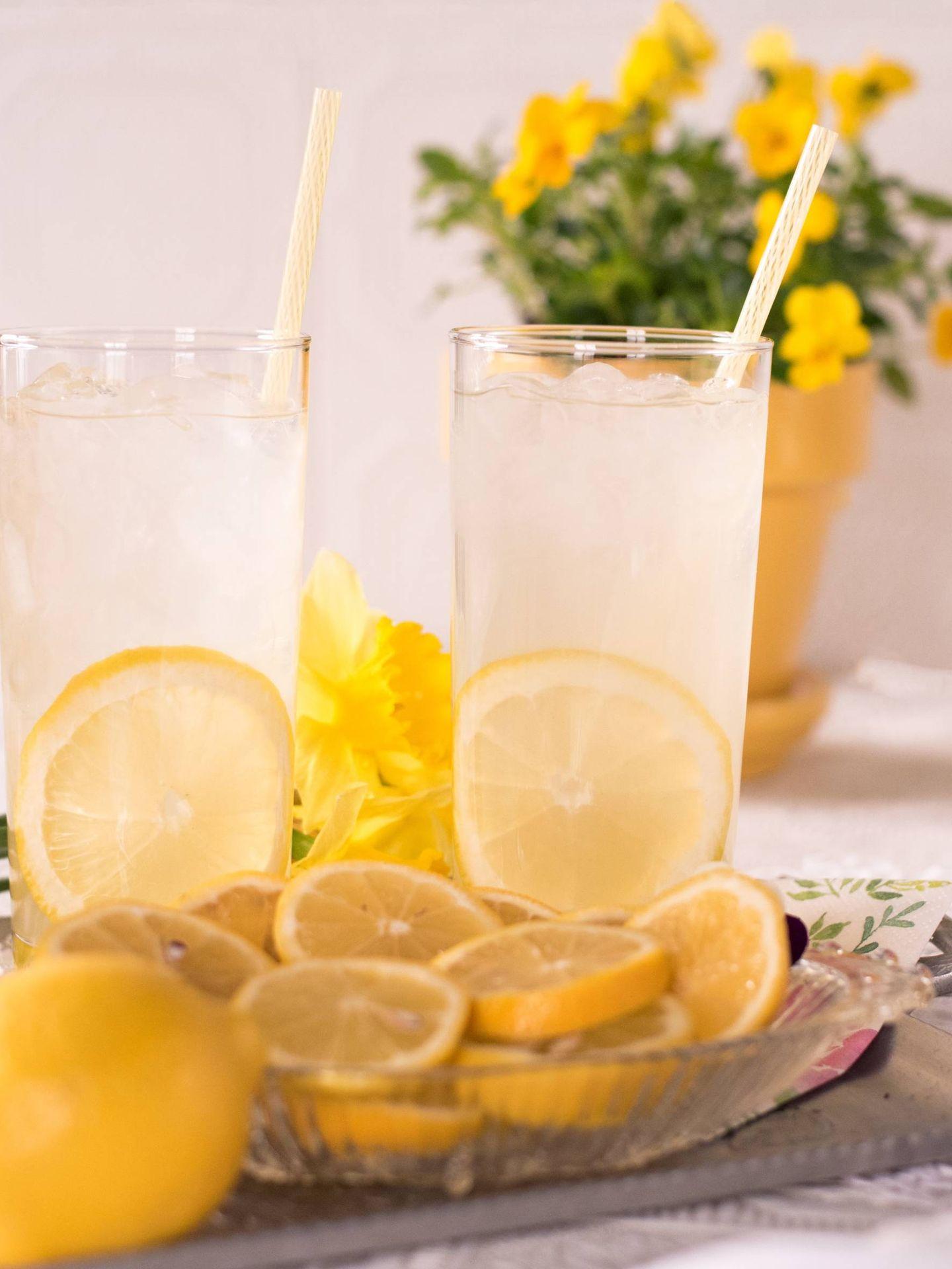 La limonada es la base de la dieta de la dieta del limón. (Charity Beth Long para Unsplash)