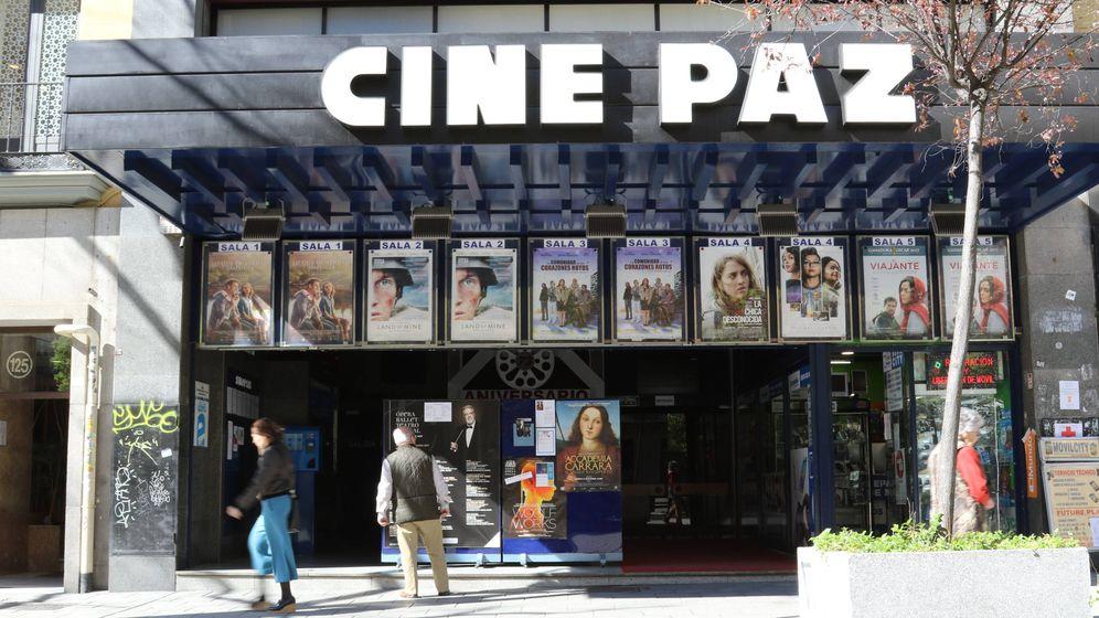 Cine cuatro cines sobreviven en madrid con pel culas for Entradas cine barcelona