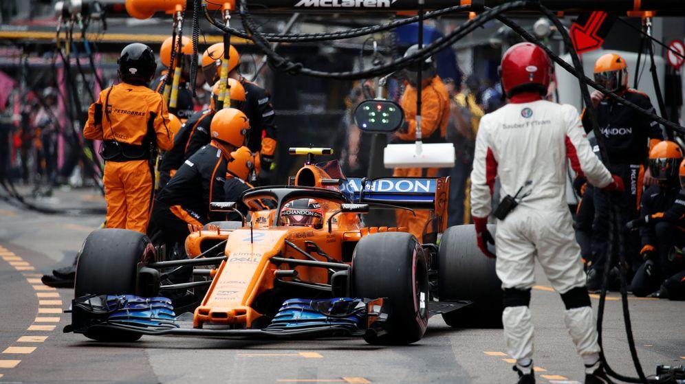 Foto: El McLaren de Vandoorne. (Reuters)