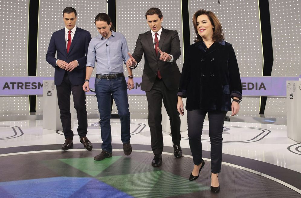 Foto: Pedro Sánchez, Pablo Iglesias, Albert Rivera y Soraya Sáenz de Santamaría, el pasado 7 de diciembre en el único debate a cuatro (sin Mariano Rajoy), en Atresmedia. (EFE)