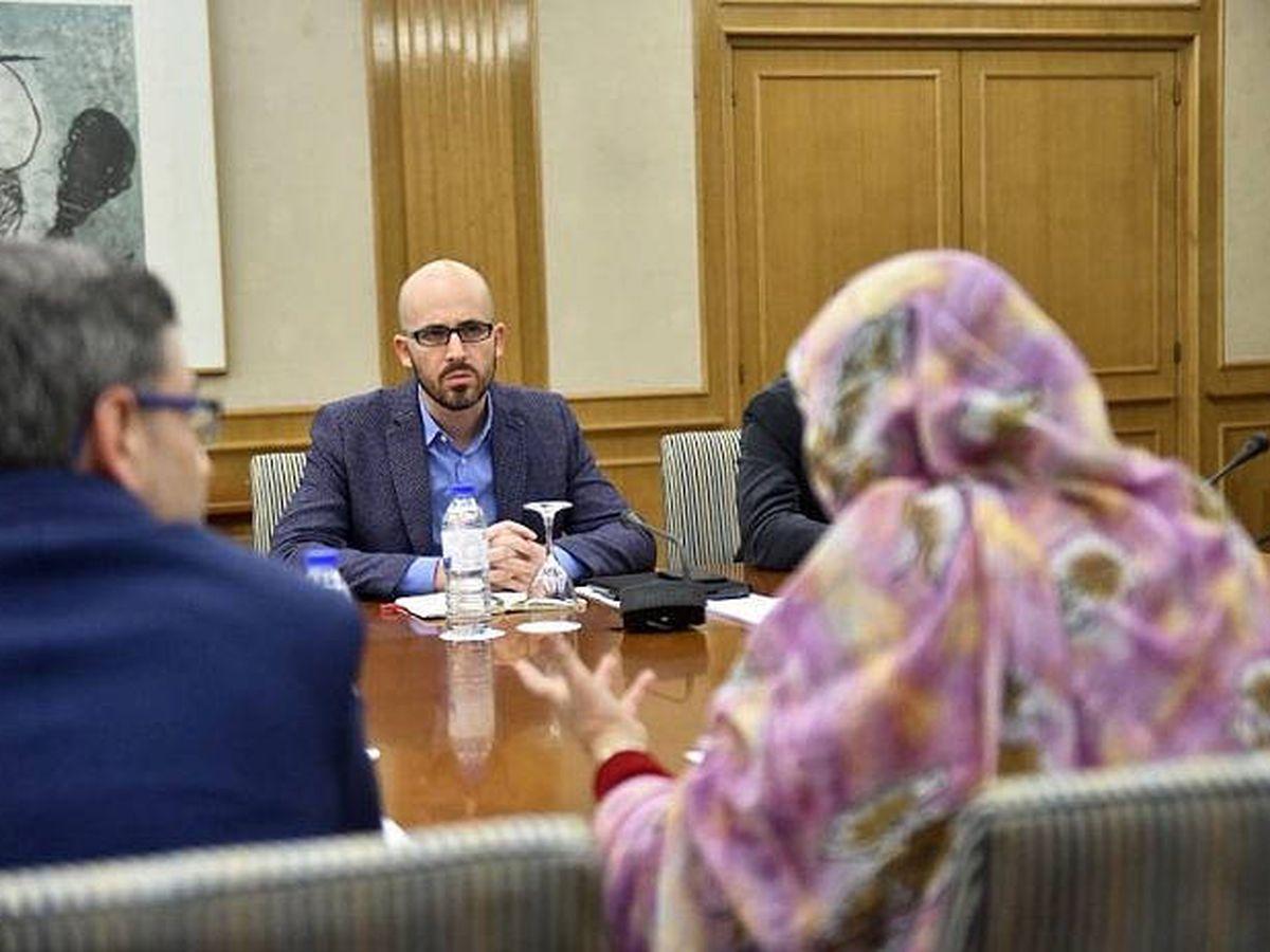 Foto: Reunión entre Nacho Álvarez y la 'ministra' saharaui.