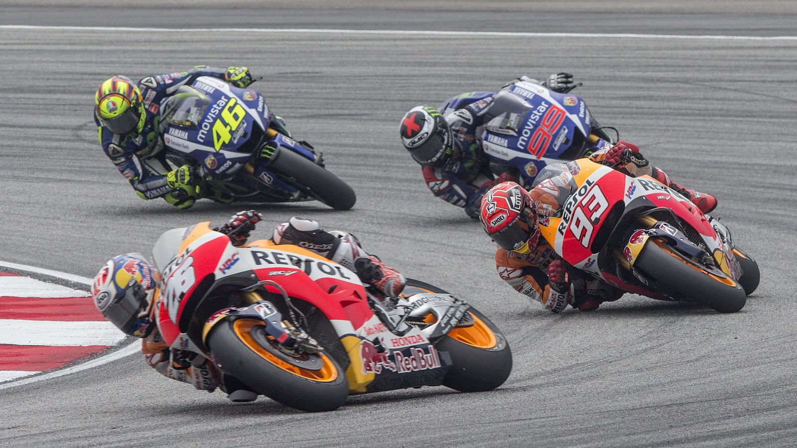 Foto: Pedrosa, Márquez, Lorenzo y Rossi en Malasia la temporada pasada (Efe).