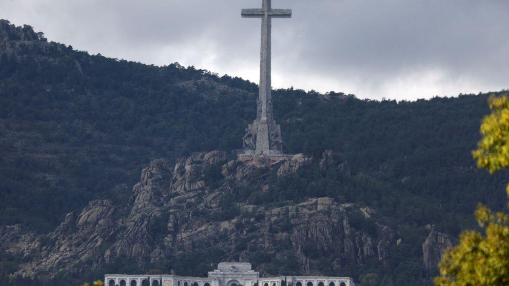 63.061 €, 22 familiares, ataúd nuevo y Super Puma: los datos de la exhumación de Franco