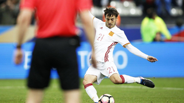 David Silva, en un penalti contra Francia en el 2017. (EFE)