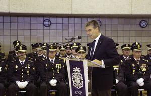 La Policía envía agentes de su Unidad de Inteligencia a Cataluña