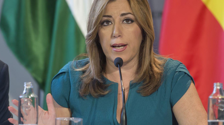 Susana Díaz arropa a Guerra en su congreso andaluz tras la purga de Ferraz