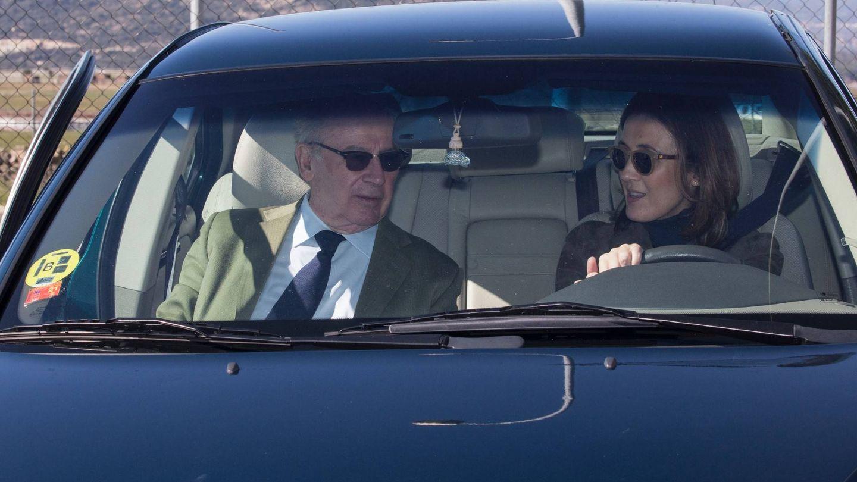 La pareja, cuando se disponía a marcharse. (Foto: José Martín)