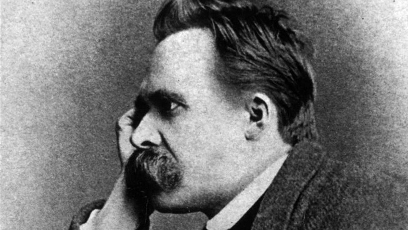 3637cc0a427 17 frases de Friedrich Nietzsche para recordarle en el día de su 174  aniversario