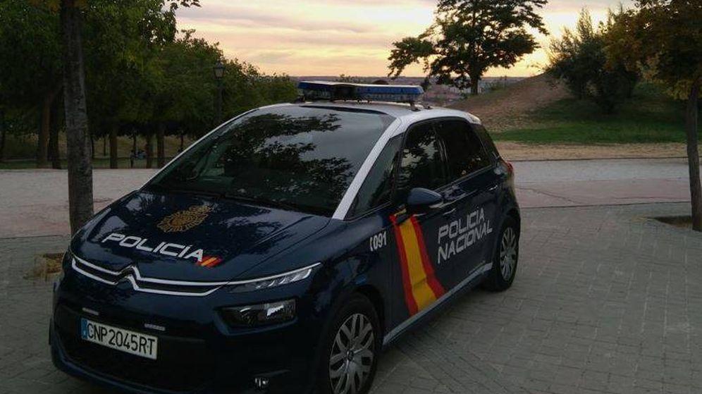 Foto: Dos detenidos por delitos de agresión sexual y detención ilegal a una joven en la localidad de Vélez-Málaga. (Policía Nacional)