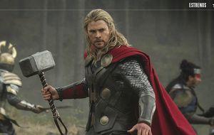 El gigantesco martillo comunista de Thor