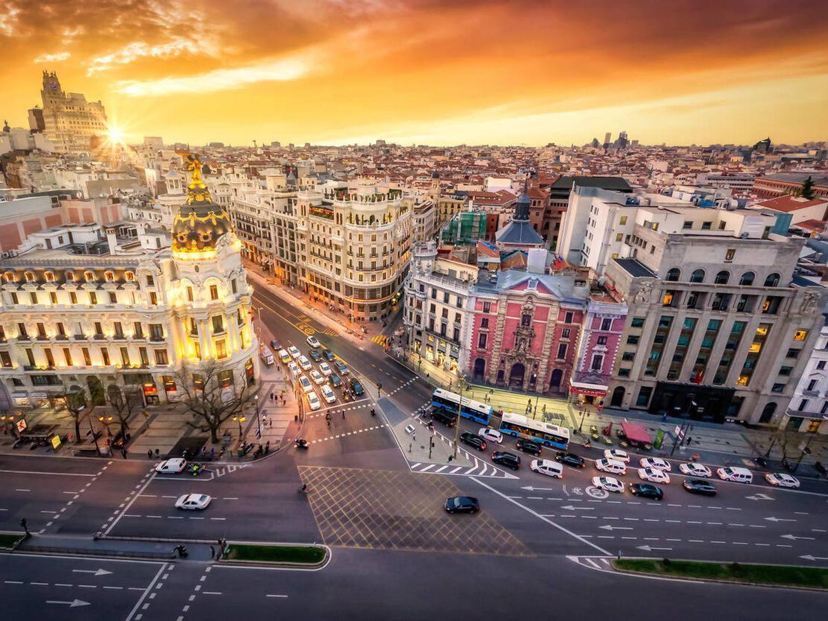 Foto: Los madrileños pagaron 1.600 M por comprar casa en 2020: el 18%, fuera de Madrid. (iStock)