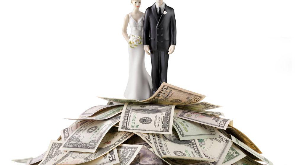 Foto: Dinero y amor. (iStock)