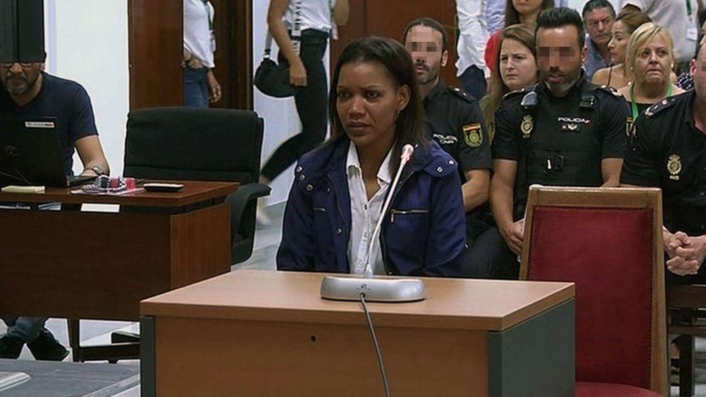 Foto: Ana Julia Quezada, en su declaración del pasado martes en el juicio en el Palacio de Justicia de Almería (EFE).