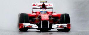 Alonso inicia con buen pie el fin de semana perfecto