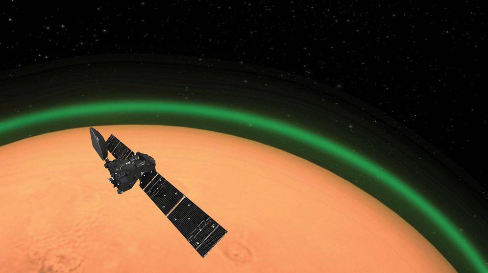 Foto: ¿Qué es el misterioso brillo verde que se puede ver alrededor de Marte? (Reuters). (FOTO: ESA)