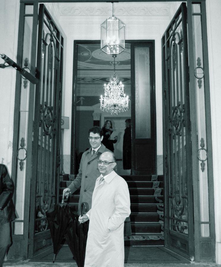 Foto: Montoro junto a Álvaro Nadal, director de la Oficina Económica del Presidente del Gobierno.