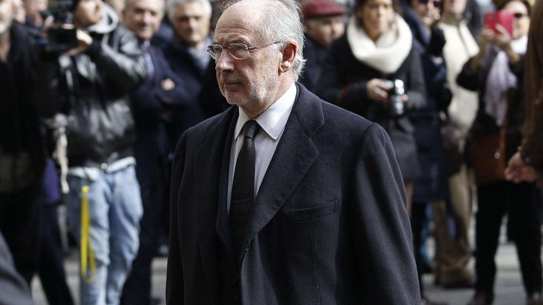 Foto: Rodrigo Rato, en el funeral de José Manuel Lara. (EFE/Alejandro García)