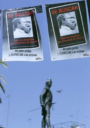 La Audiencia Nacional abre la puerta a la judicialización de la política exterior de Aznar