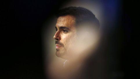 Alberto Garzón, reflejado en Cristalerías Chamberí