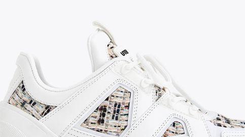Uterqüe rebaja las zapatillas deportivas por las que suspirábamos hace unos meses