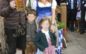 Nagore Aranburu y Xabi Alonso, una familia unida en el Oktoberfest
