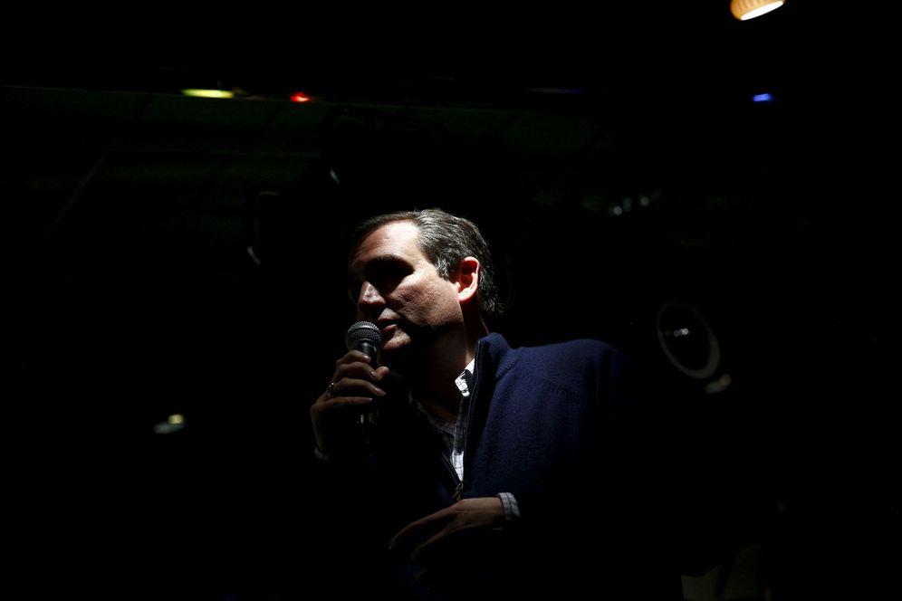 Foto: El candidato a la nominación republicana Ted Cruz, durante un acto de campaña en Amherst, New Hampshire. (Reuters)