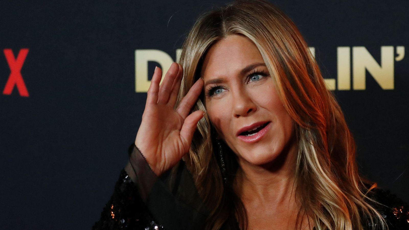Foto: Jennifer ha confesado que usa esta loción desde los 15 años. (Reuters)